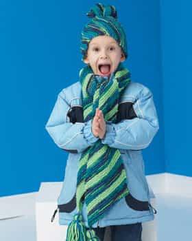 Niño abrigado durante el invierno