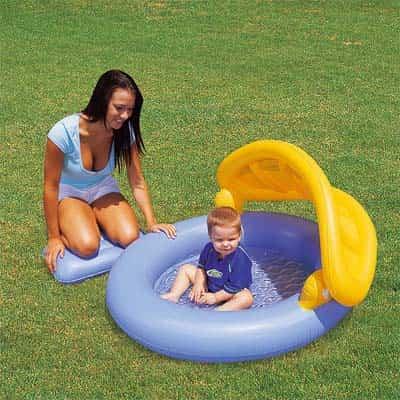 piscina sombrilla