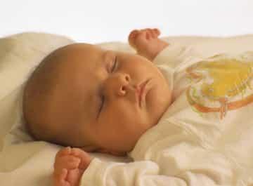 bebe_durmiendooo.jpg