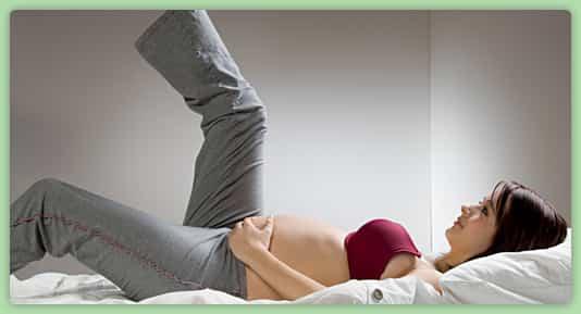 pregnant-woman-legs