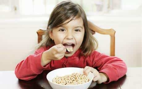 child breakfast 1010424c1