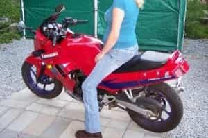 embarazada en moto