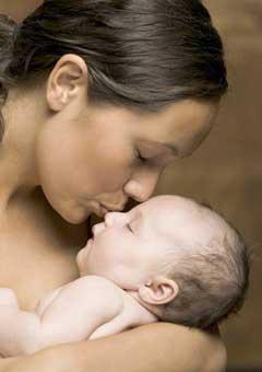 mama y recien nacido
