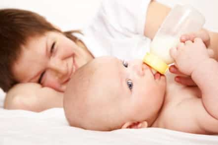 bebe-leche.jpg