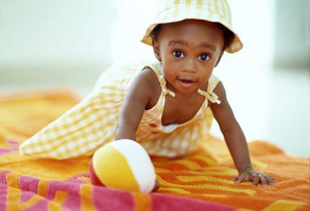 niña de color
