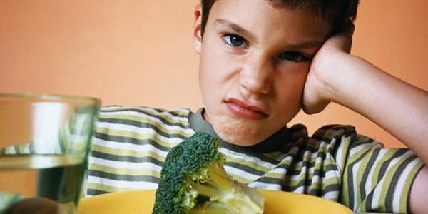 ¡Mi hijo no come! Causas de la inapetencia en niños