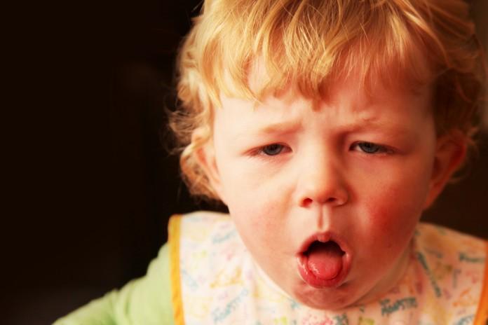 niño con tos