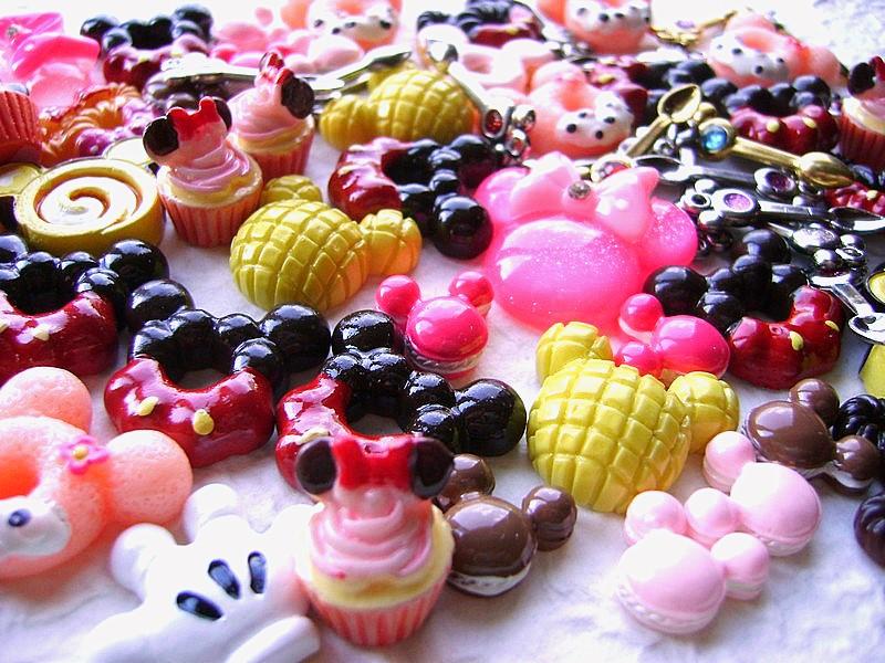 dulces sobre la mesa