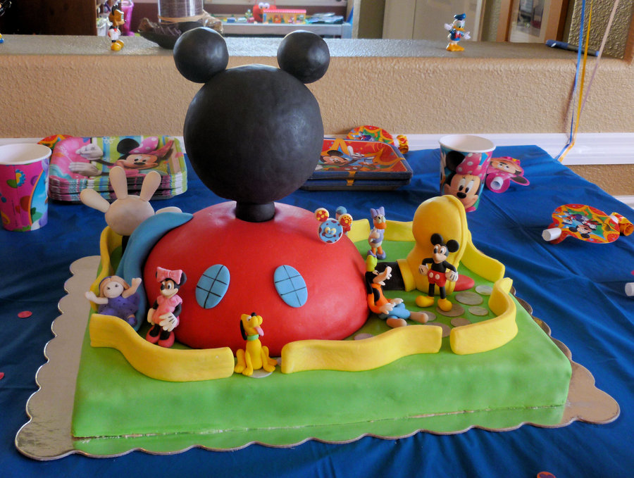Decoraci n de mickey mouse para fiesta de cumplea os for Decoracion la casa de mickey mouse