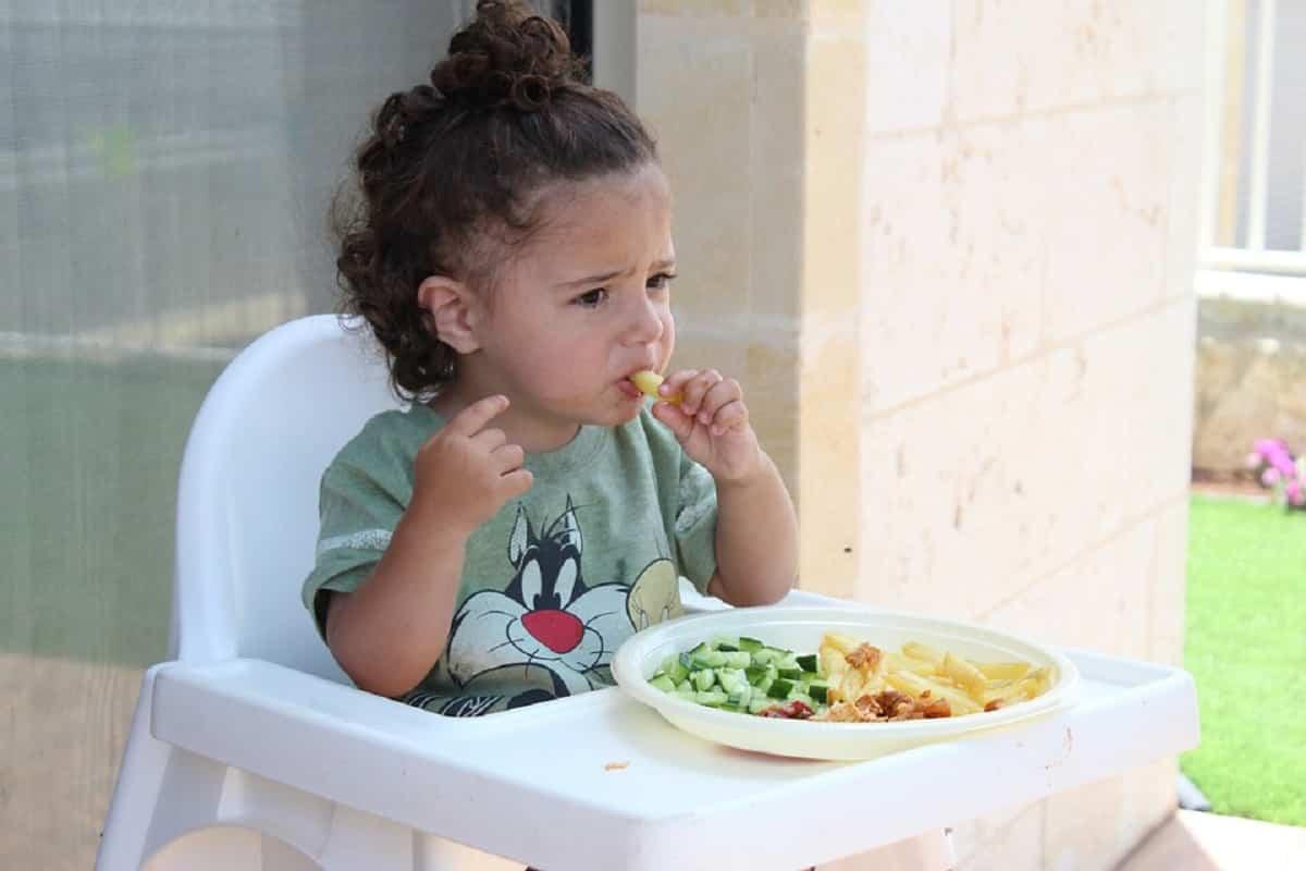 Alimentos qué benefician el sueño infantil