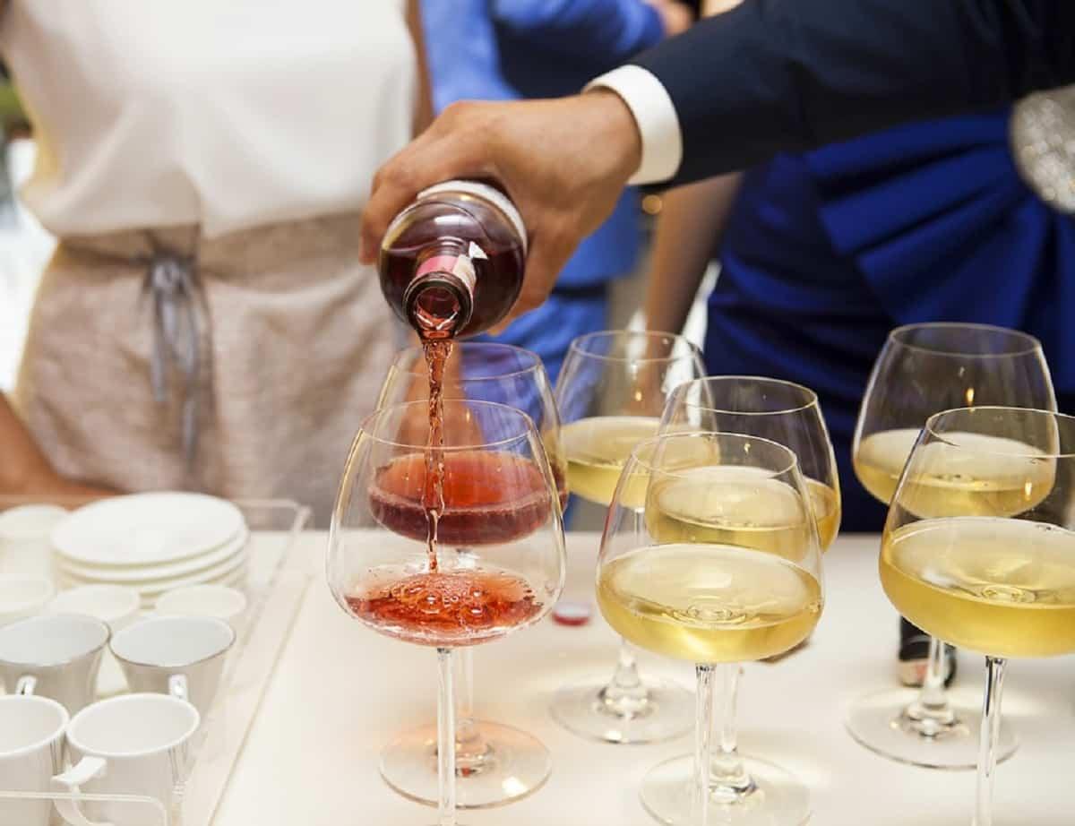 El alcohol es peligroso antes y durante el embarazo pero de los dos padres