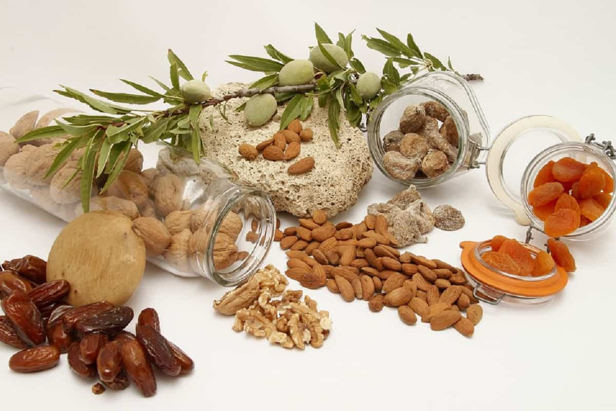 Los frutos secos son alimentos con gran cantidad de ácidos grasos esenciales como Omega 3, imprescindibles para tu salud.