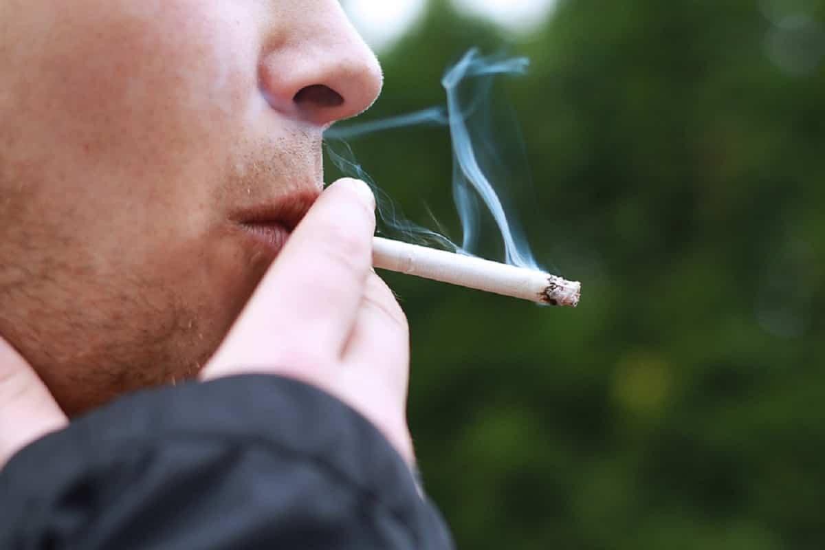 El tabaco puedes ser una de las razones de la infertilidad masculina.