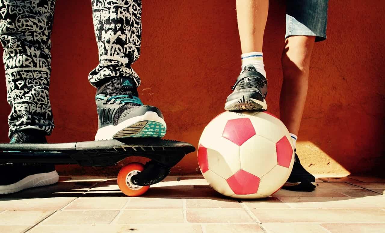 Siempre elegir el calzado según la actividad: ejercicio, el cole, una fiesta, paseo, etc.