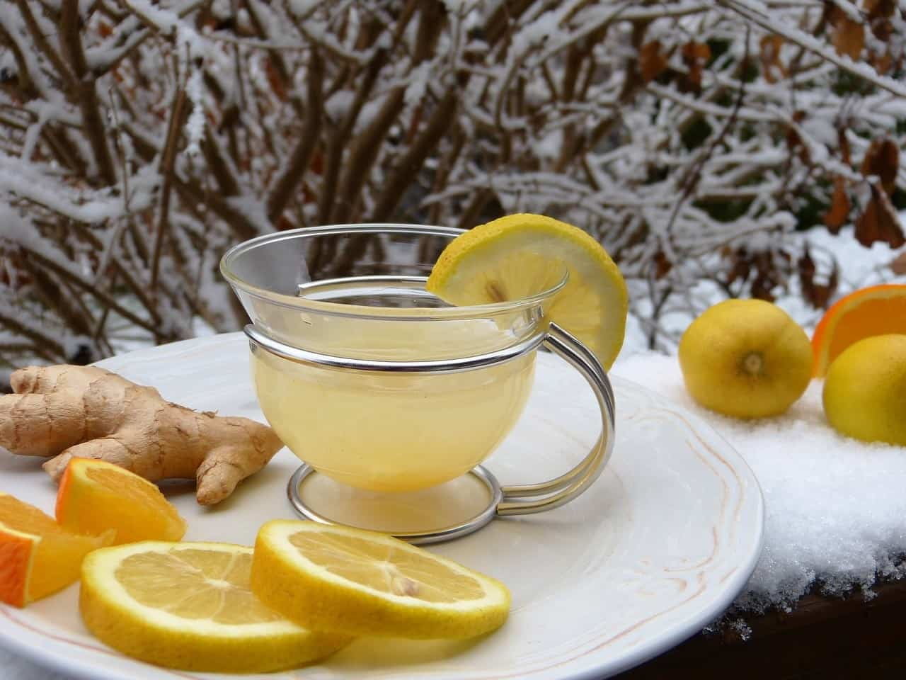 El té de jengibre es muy recomendable para ayudar a mitigar las náuseas en el embarazo.