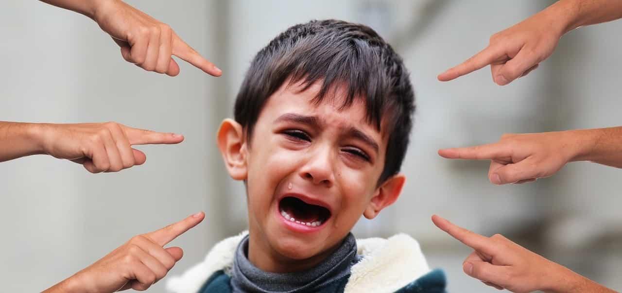 """¿Cómo saber si tu hijo sufre acoso escolar"""""""
